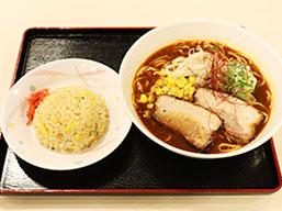 D.味噌ラーメン炒飯セット